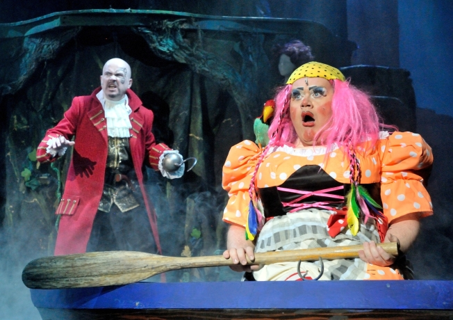 Peter Pan 2013 Steve McFadden as Captain Hook and Quinn Patrick as Mrs Smee -Ashcroft Theatre - Please Credit Picture by Frazer Ashford
